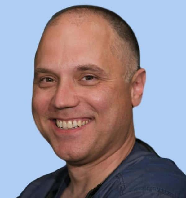 Dr. Nenad Popov