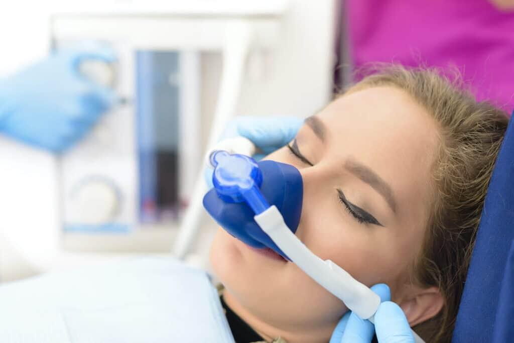 Bezbolna stomatologija - Svjesna sedacija - Sedazione cosciente - Dentista senza dolore