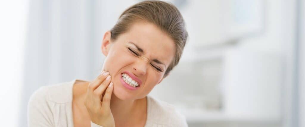 Endodoncija - liječenje zuba u jednoj posjeti - Devitalizzazione dente